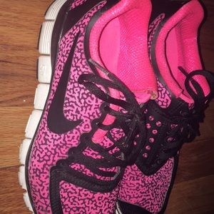 pink cheetah print nike running shoes